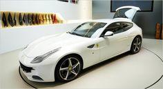 Ferrai hatchback? what the hell, its still a Ferrari...and costs $370k!!
