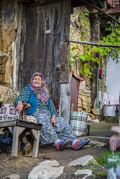Life in Cumalıkızık, Turkey. Cumalıkızık is a village in the Yıldırım district of Bursa Province, located 10 kilometers east of the city of Bursa, at the foot of Mount Uludağ. Its history goes back to the Ottoman Empire's foundation period. (V)