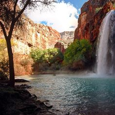 A bright clear morning at #havasufalls #waterfall #supai #grandcanyon #arizona #usa #northamerica #smartertravel