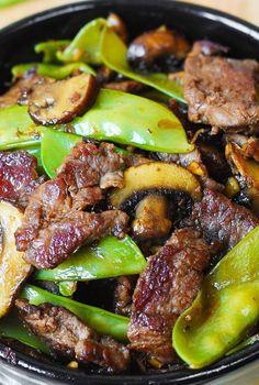 Asian Beef with Mushrooms & Snow Peas – (Free Recipe below) Loading. Asian Beef with Mushrooms & Snow Peas – (Free Recipe below) Beef With Mushroom, Asian Beef, Korean Beef, Korean Food, Cooking Recipes, Healthy Recipes, Healthy Food, Cooking Tips, Free Recipes