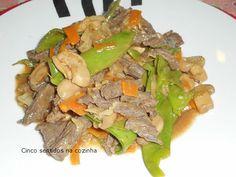 Cinco sentidos na cozinha: Tiras de vaca no wok com legumes