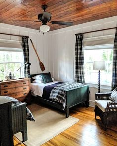 50 Pefect Lake House Bedroom Design And Decoration Ideas - If you have visited a number of different houses in different towns and/or cities, you might have gone to various bedrooms and noticed diversity in th. Chris Wood, Preteen Bedroom, Bedroom Boys, Boy Bedrooms, Home Bedroom, Bedroom Decor, Beautiful Bedrooms, Interior Design, Home Decor