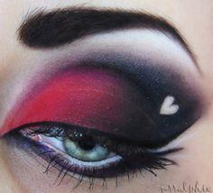 Trendy makeup red and black smokey eye make up ideas Red Eye Makeup, Black Makeup, Hair Makeup, Beauty Makeup, Makeup Eyeshadow, Smokey Eyeshadow, Eyeshadow Tips, Goth Makeup, Make Up Tutorials