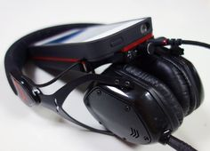 Pop Review: V-Moda's VAMP Gives Your iPhone Audio Superpowers | Popular Science
