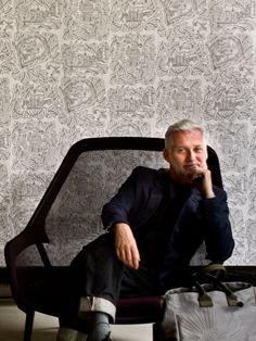 Papier peint Paris gris Sac Big Shopping Marguerite acier Fauteuil : Slow Chair, design Ronan & Erwan Bouroullec, by Vitra