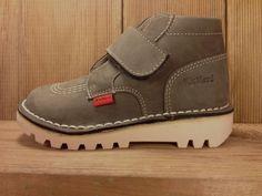 Kickers Schuhe Neokrafty oder Krafty für Jungen oder Mädchen mit Klettverschlussgesehen bei Shoes4us