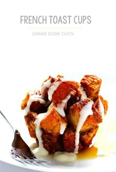 French toast cups with whiskey cream cheese glaze! Get ready for big time brunch hosting. Muffin Tin Breakfast, Breakfast Items, Breakfast Dishes, Breakfast Recipes, Breakfast Potatoes, Breakfast Cookies, Tostadas, Muffin Tin Recipes, Muffin Tins