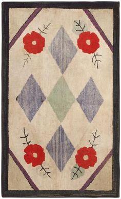 Hooked Rug | Antique American Carpet | 46526 by Nazmiyal