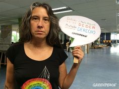 Fotoblog/ Hoy llenamos las redes de bocadillos por el derecho a defender el medio ambiente | Greenpeace España