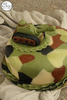 Military tank cake Tank Cake, Military Tank, Cake Cookies, My Recipes, Cake Ideas, Cakes, Desserts, Kids, Tailgate Desserts