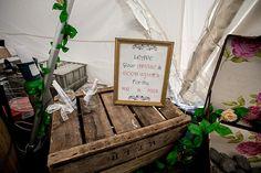 Romantic Rustic Lakeside Wedding http://www.richardjones-photography.com/