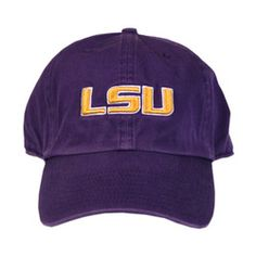 I wear this hat with the UA catalyst shirt in purple. :D