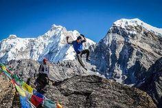 #Everest_Base_Camp_Trekking : Having fun on the summit of Gokyo Ri...& Huge khumbu glacier during Gokyo EBC trekking .. life is lived in the moments!!! #EBC_trek #Nepal #trekking #trekkingNepal #photography #himalayas #mountains #outdoors #greatoutdoors #wanderlust #bucketlist #awesome #yournextadventure #ClearSkyTreks #adventure #offthebeatentrack #hiking #hikingadventures #instanepal #gokyo #gokyori : @Clear_Sky_Treks...