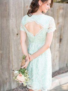 A-line/Princess Scoop Short Sleeves Applique Knee-length Chiffon Bridesmaid Dress - Bridesmaid Dresses
