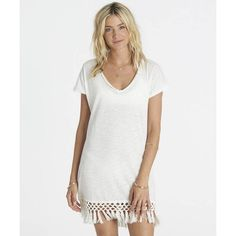 Get free shipping at the Billabong online store. Inspire seaside hammock lounge sessions in this casual t-shirt dress.