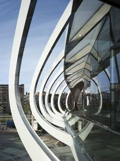 Modern Architecture: Winding Spine Mall (10 photos) - My Modern Metropolis