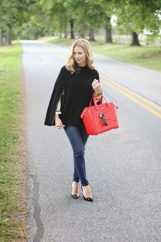 capes are great for the cool months in Texas  simly lulu style : black cape