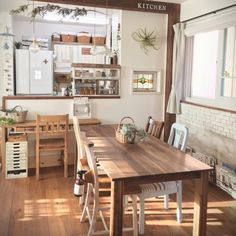 tomoさんの、Overviewについての部屋写真 Cozy Kitchen, Home Decor Kitchen, Kitchen Interior, Kitchen Design, Japanese Home Decor, Japanese Interior, Minimal House Design, Counter Design, Moving House