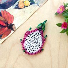 Beaded dragonfruit (pitahaya) brooch Pitaya pin Handmade jewelry, bead embroidery, sequin embroidery, beadwork