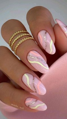 Almond Acrylic Nails, Best Acrylic Nails, Chic Nails, Stylish Nails, Trendy Nail Art, Oval Nails, Pink Nails, Glitter Nails, Rose Gold Nails