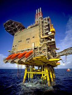 Photographs of North Sea Oil Platforms Oil Rig Jobs, Bp Oil, Petroleum Engineering, Oilfield Life, Oil Platform, Marine Engineering, Oil Refinery, Drilling Rig, Industrial Architecture