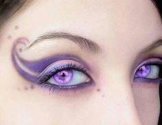 Fairy Makeup on Romantic Fairy Using A Scale Of Purple And Light Pink With Pe… Fairy Makeup on Romantic Fairy Using A Scale Of Purple And Light Pink With Perfect – Das schönste Make-up Fantasy Make Up, Fantasy Hair, Halloween Fairy, Purple Halloween, Maquillaje Halloween, Halloween Eyeshadow, Creative Makeup, Makeup Art, Makeup Ideas