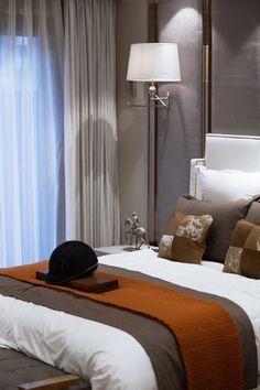 This is a Bedroom Interior Design Ideas. Small Room Bedroom, Home Bedroom, Bedroom Ideas, Small Rooms, Bedrooms, Design Bedroom, Best Home Interior Design, Residential Interior Design, Mid Century Modern Bedroom
