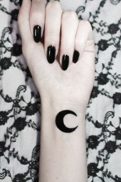 (100+) moon tattoo | Tumblr