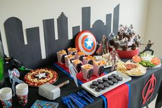 Avengers Party Ideas for a movie marathon featuring thor, iron man, captain america, and the whole gang from the avengers movies. Avenger Party, Avengers Birthday, Superhero Birthday Party, Batman Party, Avengers Party Foods, Iron Man Party, Iron Man Birthday, Captain America Birthday, Birthday Party Tables
