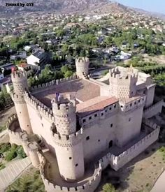 Vista aérea del Castillo de los Mendoza. Manzanares el Real, Madrid