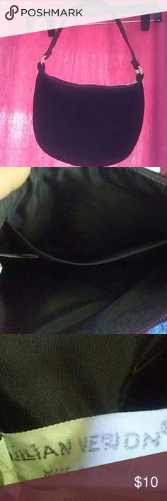 Black genuine leather purse Cute purse to go with any outfit . only used once its been in my closet with others ive forgotten about julan verlon  Bags