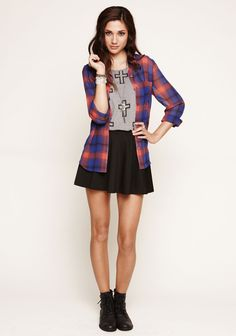 By) Brianna Grady { Skater Skirt Outfit, Cute Skirt Outfits, Cute Skirts, Skater Skirts, Pretty Outfits, Fall Outfits For Teen Girls, Fall Outfits For Work, Casual Fall Outfits, Hipster Outfits