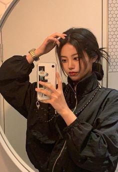 Pelo Ulzzang, Ulzzang Korean Girl, Ulzzang Couple, Korean Aesthetic, Aesthetic Hair, Cute Asian Girls, Cute Girls, Pretty Korean Girls, Alternative Makeup