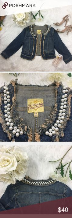 Princess Vera Wang Jean Jacket Pearl Lining Designer Vera Vang Jean Jacket with Pearl Lining, perfect jean jacket to throw on for Sunday Brunch or pair with Denim jeans and heels for a cute date night Vera Wang Jackets & Coats Jean Jackets