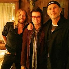 With my brothers, Chad Smith & Taylor Hawkins last night at dinner in Malibu... love & laughter