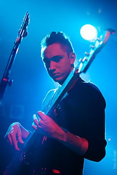 the most sexual voice in the whole wide world - oliver sim - the xx