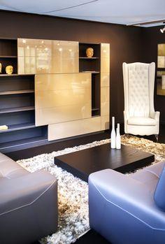 Tv-meubel met gelakte schuifdeuren - tv-meubel op maat