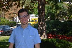 Luis von Ahn, dünyanın en genç girişimci dahilerinden biri. ABD'de bulunan Carnegie Mellon Üniversitesi'nin bilgisayar bilimleri bölümünde akademisyen olan von Ahn, dünyanın en popüler dil öğrenme uygulamalarından Duolingo'nun kurucu ortağı. Boğaziçi Üniversitesi'nde bir konuşma gerçekleştiren von Ahn ile Webrazzi'nin düzenlediği teknoloji zirvesinde bir araya geldik.