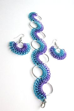 Blue Ombre 2-Piece Chainmaille Jewelry Set - Bracelet & Earrings - Aluminum - Sirith - Chainmail Jew