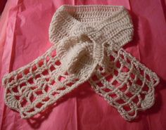 Free Crochet Pattern for Keyhole Scarf...this is lovely, very lacy looking