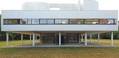 Villa Savoye in Poissy, France, designed by Le Corbusier (1931).     Photo by Flickr user Adaptor-Plug, used under Creative Commons License.