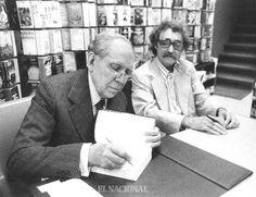 """El escritor Arturo Uslar Pietri y el artista plástico Jesús Soto firman libros """"Escrituras"""" y """"Lanzas Coloradas"""" al público, en la Biblioteca Ayacucho. Caracas, 08-12-1979 (TOM GRILLO / ARCHIVO EL NACIONAL)"""