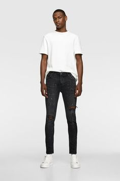 Jeans Fit, Black Jeans, Dubai Travel Guide, Vs The World, Zara Man, Men Street, Poses, Normcore, Street Style