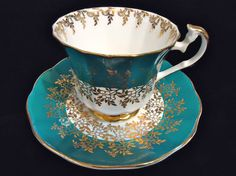 Vintage Elizabethan Fine Bone China England Tea Cup Saucer