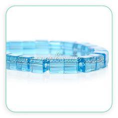 Abalorios de cristal azul tipo cubito de hielo Ideal para Frozen www.creabisuteria.es