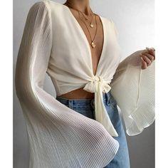 Mode Outfits, Fashion Outfits, Womens Fashion, Fashion Tips, Fashion Clothes, Fashion Ideas, Travel Outfits, Fashion Hacks, Fashion Essentials