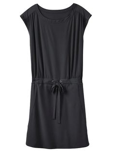 The perfectly sporty dress for throwing on whenever with delicately lightweight, feels-like-silk fabric.
