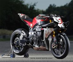 Piston Brew: Krax-Moto, cracks designs, Monster R1