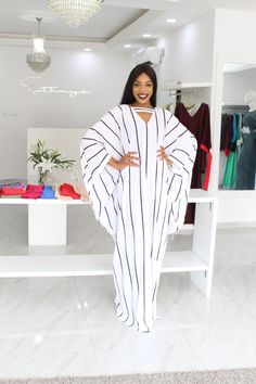 Latest African Fashion Dresses, African Print Fashion, Arab Fashion, Muslim Fashion, African Attire, African Wear, Estilo Jenner, Ankara Short Gown Styles, Mode Abaya