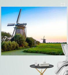 Het Zuid-Hollandse landschap kenmerkt zich door polders, molens en weilanden. Deze foto is gemaakt in het begin van de avond en laat een gedeelte van de zonsondergang zien. Marina Bay Sands, Holland, Canvas, Building, Prints, Travel, The Nederlands, Tela, Viajes